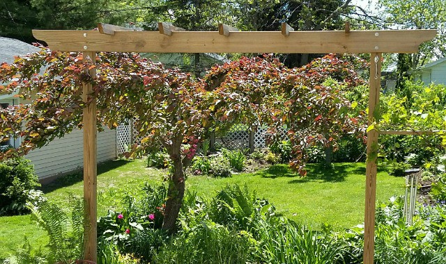 Small Cedar Planter Box At PergolaDepot.com