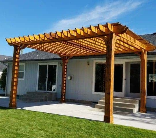 large Big Kahuna freestanding pergola kit