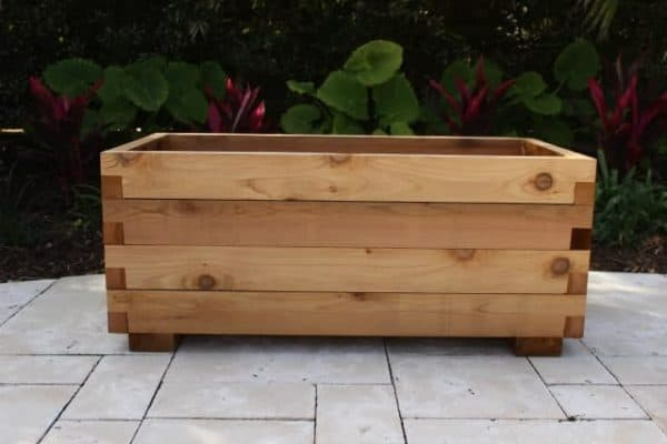 Medium cedar planter box kit